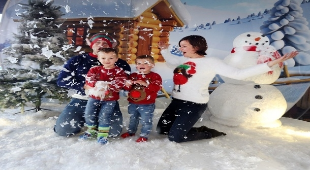 England Christmas Snow.Christmas Cheer Is Spread At South Of England Show S Magical